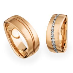 Matching Pair 18ct Rose Waved Wedding Rings