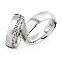 Matching Pair Graduated Diamond Wedding Rings