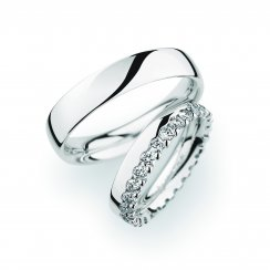 Matching Pair Plain & Diamond Edge Wedding Ring