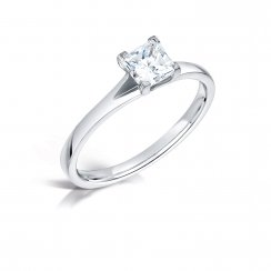 0.53ct Princess Cut Diamond Solitaire Engagement Ring In Platinum