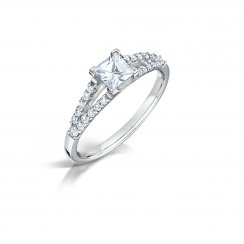0.74ct Princess Cut Diamond Solitaire Engagement Ring With Set Shoulders In Platinum