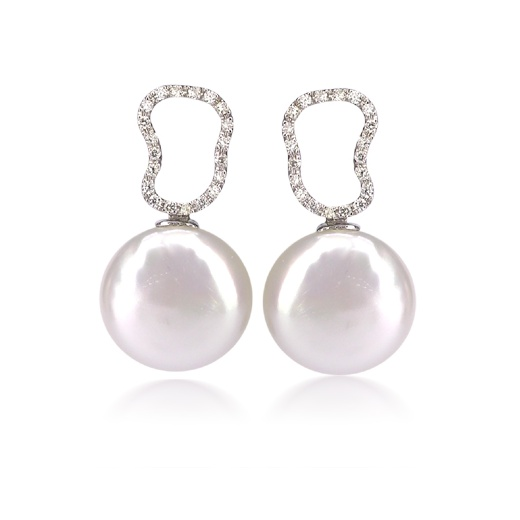 Freshwater Coin Pearl Earrings with Diamond Details